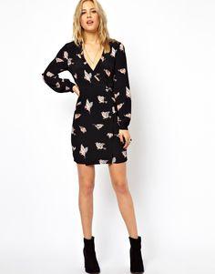 ASOS – Wickelkleid mit Tulpenrock und Vogelmuster