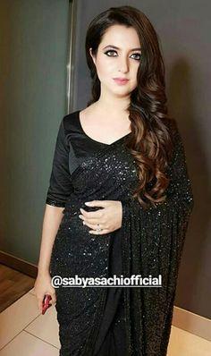 Pakistani Bridal Lehenga, Pakistani Dresses, Fancy Sarees Party Wear, Walima Dress, Saree Photoshoot, Black Saree, Stylish Sarees, Dress Indian Style, Elegant Saree