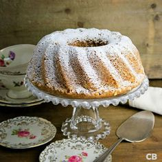 Moist and tender walnut bundt cake: everyone's favorite! Kitchen Recipes, Baking Recipes, Beignets, Baking Bad, Cupcake Images, Pie Cake, Piece Of Cakes, High Tea, Cake Cookies