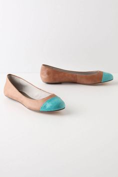 on-your-toes flats from anthropologie... i'm a sucker for anything turquoise