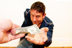 Internet Scams We Are Still Falling For - http://wp.me/p6wsnp-5Kw