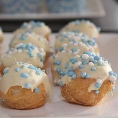 Simple Baby Shower Food Ideas via Baby showe. Baby Shower Food Easy, Simple Baby Shower, Baby Boy Shower, Cool Birthday Cakes, Birthday Gifts For Girls, Snacks, Snack Recipes, High Tea, Afternoon Tea