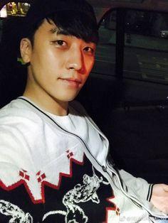 Seungri's Instagram & Weibo Updates (170410) [PHOTO] - bigbangupdates