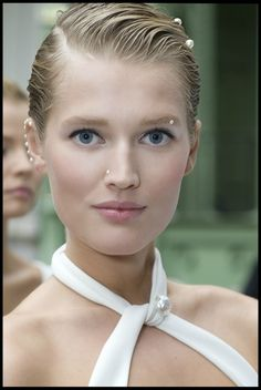 Chanel runway makeup how-to. Get the look at Got Beauty.