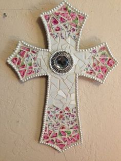 Hey, I found this really awesome Etsy listing at https://www.etsy.com/listing/211525902/10-x-14-inch-pink-and-white-mosaic-cross