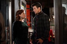 """Down Time"" - Jane Levy as Tessa Altman and Parker Young as Ryan in SUBURGATORY on ABC"