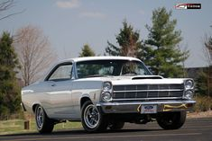 1966 Ford Fairlane 500 Old American Cars, American Muscle Cars, Ford Fairlane, Mercury Cars, Ford Maverick, Street Racing Cars, Ford Torino, Ford Shelby, Classy Cars