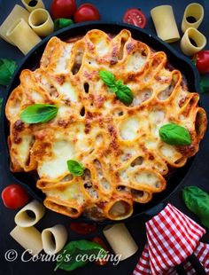 Stand up Lasagne Stand Up, Vegetable Pizza, Macaroni And Cheese, Vegetables, Ethnic Recipes, Food, Lasagna, Food Food, Get Up