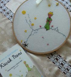 Diy Embroidery, Cross Stitch Embroidery, Cross Stitch Patterns, Knitting Patterns, 123 Stitch, Hobbies And Crafts, Cross Stitching, Blackwork, Needlepoint