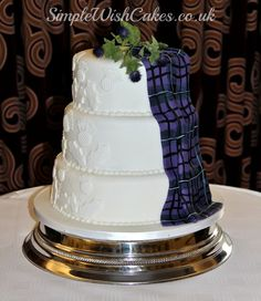 Tartan Wedding Cake with Highland Spirit Hand Painted Tartan Sash