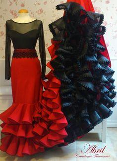 Abril Creaciones Flamencas: Bata de Cola                                                                                                                                                                                 Más