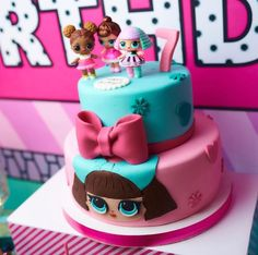 Bolo LOL Surprise + 30 Modelos de Bolo das Bonecas Lol - Bolos de Aniversário #cakelolsurprise #bolololsupresa #bolololsurprise #bolosdeaniversario #bolo #aniversario #decoração #bolodecorado #boloparafesta #festainfantil #festademenina #bolodeaniversariololsurprise - Como Fazer Doll Birthday Cake, Funny Birthday Cakes, Homemade Birthday Cakes, Barbie Birthday, 8th Birthday, Cupcakes, Cupcake Cakes, Lol Doll Cake, Surprise Cake