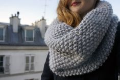 Le snood parfait de mon hiver tuto snood point de riz aiguille circulaire facileZwei Nadelsocken - Freies Strickmuster, profilTricot b. Raglan Pullover, Parfait, Big Knit Blanket, Big Knits, Lace Scarf, Free Knitting, Summer Knitting, Knitted Hats, Knit Crochet