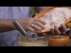 Flourless Orange and Almond Cake - Matt Moran Sugar Free Lemon Cake, Flourless Orange Cake, Orange And Almond Cake, Cake Youtube, Almond Cakes, Yummy Food, Delicious Recipes, Baking Recipes, Icing
