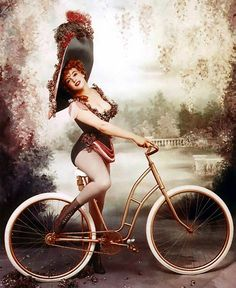 Marilyn Monroe as turn-of-the-century stage actress, Lillian Russell: Photograph by Richard Avedon.