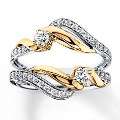 This with a very simple engagement ring!