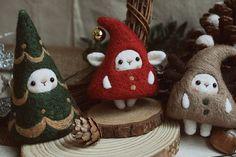 Feutre de laine sapin Jingle Bell Deer Antler fée par Misswoolfelt, $68.90