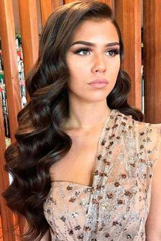 33 Cool Winter Hairstyles For The Holiday Season We have coll. - 33 Cool Winter Hairstyles For The Holiday Season We have collected the most eleg - Wedding Hair Down, Wedding Hairstyles For Long Hair, Winter Hairstyles, Wedding Hair And Makeup, Bride Hairstyles, Wig Hairstyles, Hair Makeup, Gown Wedding, Lace Wedding