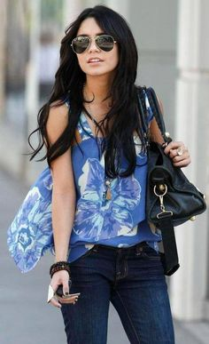 Vanessa Decalz Blue Floral Top