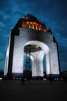 Monumento a la Revolución, Ciudad de México./ Revolution Monument, Mexico City