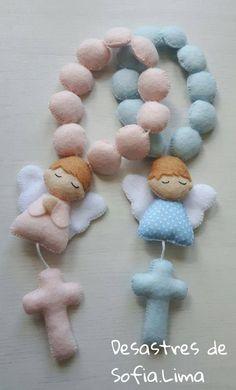 Anjos Baby Sewing Projects, Sewing Crafts, Foam Crafts, Diy And Crafts, Felt Christmas, Christmas Crafts, Felt Angel, Felt Toys, Soft Dolls