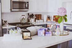 Top 10 Breastfeeding Essentials | BondGirlGlam.com // A Fashion, Beauty & Lifestyle Blog by Irina Bond