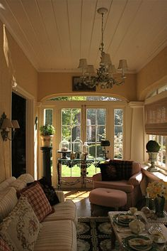 vignette design: Tuesday Inspiration: Porches and Sunrooms