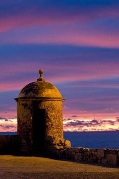 #Cartagena de Indias Colombia. Beautiful scenario for the most romantic #wedding pic - Fortificaciones