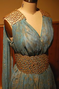Daenery Targaryen Blue and Gold Dress Gown - Qarth - Game of Thrones Costume Replica Close-Up by tavariel, via Flickr: