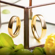 Looking for Wedding Rings? SAVICKI Designer Wedding Bands UK offer a range of uniquely designed gold, platinum & titanium wedding rings. Gold Wedding Jewelry, Wedding Gold, Gold Jewellery, Wedding Bands, Titanium Wedding Rings, Wedding Rings Simple, Sacred Symbols, Jewelry Collection, Wedding Inspiration