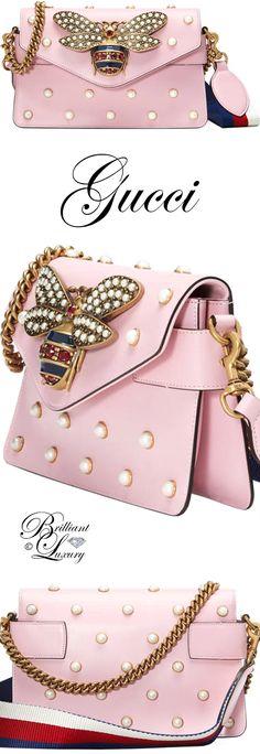 6f1226746 Brilliant Luxury ♢ Gucci Broadway leather mini bag Bolsas De Grife,  Enfeites, Sapatos,