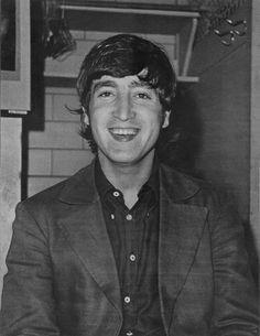 John.........BEAUTIFUL PICTURE OF JOHN........JOHN I MISS YOU DEARLY.......LOVE ALWAYS BUDDY.....R.I.P.