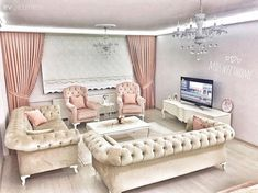 Pastel tonlar ile rahatlatıcı ve sıcak bir ortam. Living Room Sets, Living Room Decor, Interior Design Living Room, Living Room Designs, Bedroom Designs, King Bedroom Sets, Beautiful Living Rooms, Fashion Room, Decoration