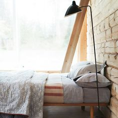 Toast: Bedroom: Layering Bed Linen: Decorating Ideas: Interiors