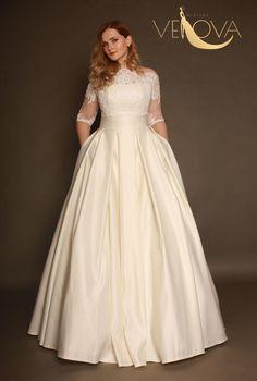 Plus Wedding Dresses, Handmade Wedding Dresses, Plus Size Wedding Dresses With Sleeves, Wedding Dress With Pockets, Wedding Dress Sleeves, Dress Wedding, Dress Plus Size, Mode Plus, Looks Plus Size