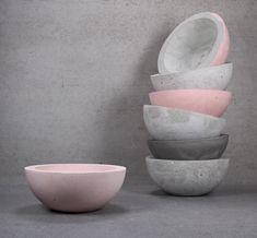 Concrete Bowl, Cement Pots, Blush And Grey, Blush Pink, Minimalist Style, Minimalist Fashion, Townhouse Interior, Concrete Crafts, Succulent Terrarium