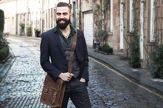 Urban Bozz mannentas: YORK. Rebelse schoudertas voor de man with a plan. Compact en stijlvol: ideaal voor die dagen waarop je niet al teveel hoeft mee te nemen.