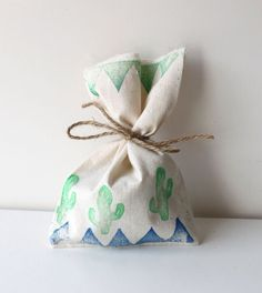10 x MEDIUM Calico Party Favour Bags - Boho Tribal pow wow CACTUS by adelles on Etsy https://www.etsy.com/listing/281157438/10-x-medium-calico-party-favour-bags