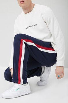 Adidas Joggers Mens, Adidas Jacket, Fashion Pants, Mens Fashion, Track Pants Mens, African Clothing For Men, Red Media, Pants Outfit, Fitness Models