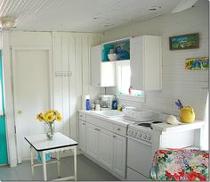 sweet little beach cottage kitchen