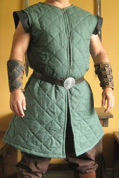 Medieval Celtic Viking Armor Padded Long Gambeson Sleeveless with Wings
