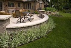 Paver patio with seating wall Patio Wall, Backyard Patio, Backyard Landscaping, Landscaping Supplies, Landscaping Ideas, Wall Seating, Patio Seating, Patio Ideas, Terrace Ideas