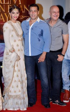 фильм Я получил дар любви 'Prem Ratan Dhan Payo'. Sonam Kapoor, Salman Khan and Anupam Kher