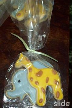 Elephant and Giraffe Cookies - Gallamore West Best Sugar Cookie Recipe, Best Sugar Cookies, Iced Cookies, Royal Icing Cookies, Cookie Desserts, Cookie Recipes, Cupcakes, Cupcake Cookies, Giraffe Cookies