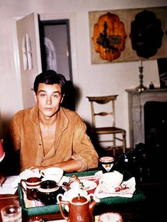 Alain Delon discovered by lionheart; on We Heart It Romy Schneider, Beautiful Boys, Beautiful People, I Have A Crush, Marcel, Drinking Tea, Old Hollywood, Pretty People, Movie Stars