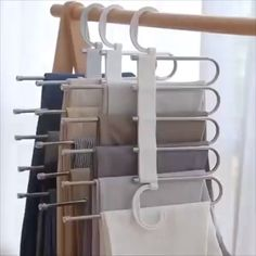 Multi-Functional Pants RacK Space Saving Design: The adjustable storage rack can be hung steadily with two hooks or it can be hung vertically, it can hold up to 5 pairs of pants at one time and it will make your closet tidier. Bedroom Closet Design, Closet Designs, Diy Bedroom, Dream Bedroom, Bedroom Wardrobe, Bedroom Closet Storage, Master Bedroom Closet, Bathroom Closet, Bedroom Curtains