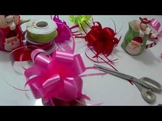Par lazos/moños fáciles para el cabello / Moños liston - YouTube Ribbon In The Sky, Baby Shower Baskets, Ribbon Bows, Ribbons, How To Make Bows, Valentines Day, Table Decorations, Christmas, Diy