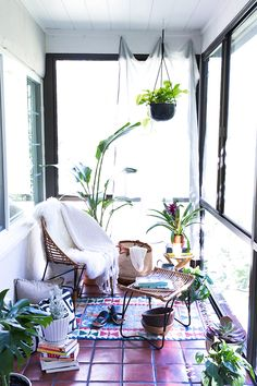A Sunroom Oasis Makeover