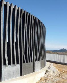 Sagrera modular fence I find this modular fence iinteresting for Astaná River park project