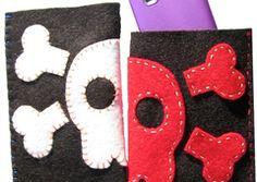 Skull Case for phone/ipod Sewing Craft Kit 9 yrs + - Picnic-Studio - Crafting - Toys - DaWanda